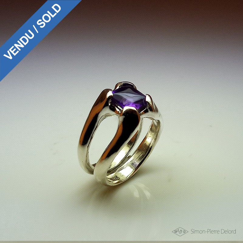 """""""Nectar"""", High Jewelry Ring, Amethyst, Lost wax technique. Arts and Crafts"""