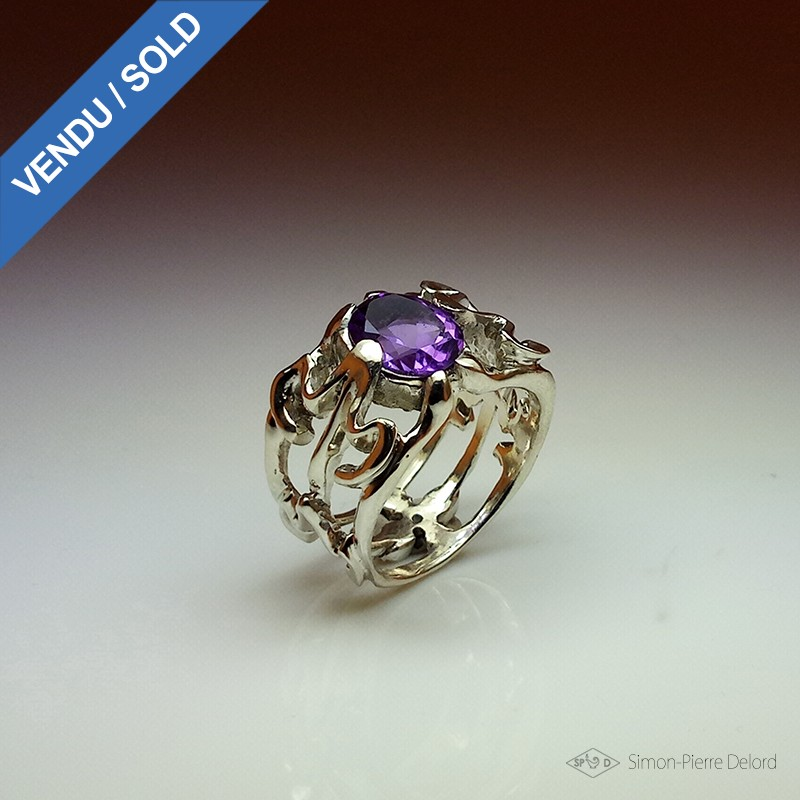 """""""Miraculous Picking"""", High Jewelry Ring, Amethyst, Lost wax technique. Arts and Crafts"""