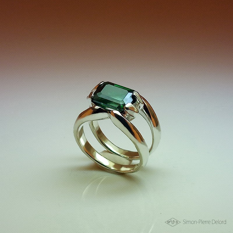 """""""Rebirth"""", High Jewelry Ring, Green Topaz, Lost wax technique. Arts and Crafts"""