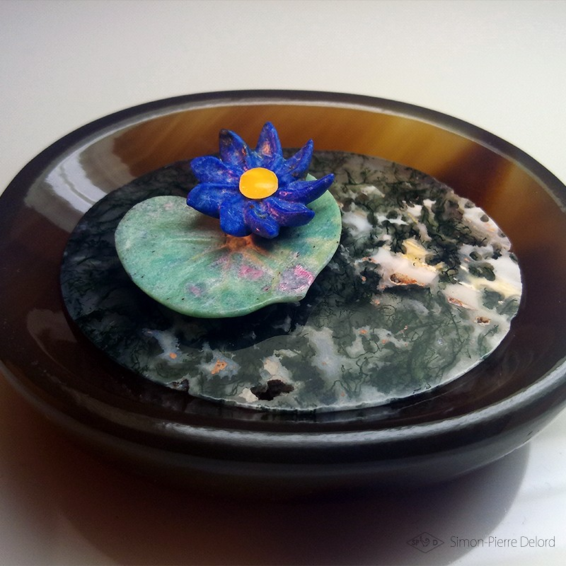 """The Blue Water Lily"" Lapis Lazuli, Fuchsite, Agate and Amber yellow. Lapidary craftsman and glyptician. Art of Glyptics."