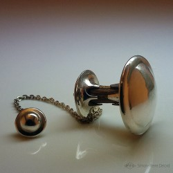 """""""Low Frequencies"""" High Jewelry Dowsing Pendulum, Argentium, Hazelnut Made in France, Sp Delord"""