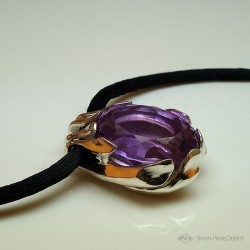 """""""The Enchanted Sleigh"""", Pendant in Argentium and Amethyst, High Jewelry. Lost wax. Crafts. Fantastic world"""