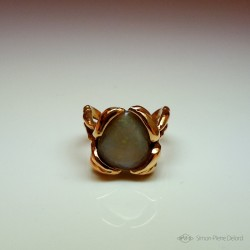 """Flower of Hope"", Gold 18K and Australian Opal Ring, High Jewelry. Lost wax. Fantasy World"