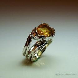 """Solar Undulation"", High Jewelry Ring, Golden yellow citrine, Lost wax technique"