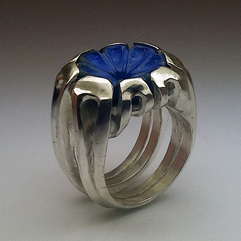 """""""Flower of Heaven"""", Argentium and Lapis-lazuli ring, High Jewelry. Perspective view"""