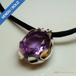 """The Enchanted Sleigh"", Pendant in Argentium and Amethyst, High Jewelry. Lost wax. Crafts. Fantastic world"