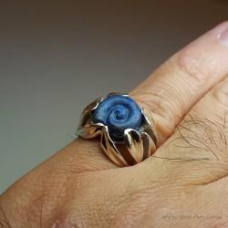 """""""L'Escargot Bleu"""", Bague d'Artisan d'Art Joailler, Lapis lazuli. Cire perdue, Art de la taille directe"""