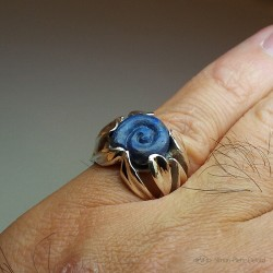 """The Blue Snail"", High Jewelry Ring, Lapis lazuli, Lost wax technique. Arts and Crafts"