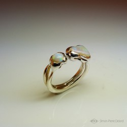 """Kindness"", High Jewelry Ring, Opal from Australia, Lost wax technique. Arts and Crafts"