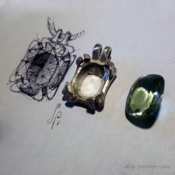 """""""Espérance Eternelle"""", Pendentif d'Artisan d'Art Joaillier, Quartz vert d'eau, 25 Carats. Cire perdue, Art de la taille directe"""