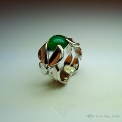 "Jewelery creation: Ring ""Emergence"", Arts and Crafts Jeweler, Green chalcedony. Lost wax, Direct carving art"