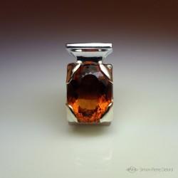 """""""Le Parfum"""", Pendentif d'Artisan d'Art Joaillier, Citrine de 23 Carats. Cire perdue, Art de la taille directe"""