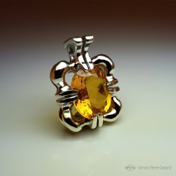 """Heart of the Sun"", Craftsman Art Jeweler Pendant, Yellow Gold Citrine of 19.6 Carats. Lost wax, Direct carving art"