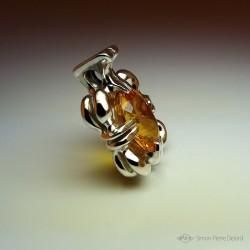 """""""Cœur de Soleil"""", Pendentif d'Artisan d'Art Joaillier, Citrine Jaune d'Or de 19,6 Carats. Cire perdue, Art de la taille directe"""